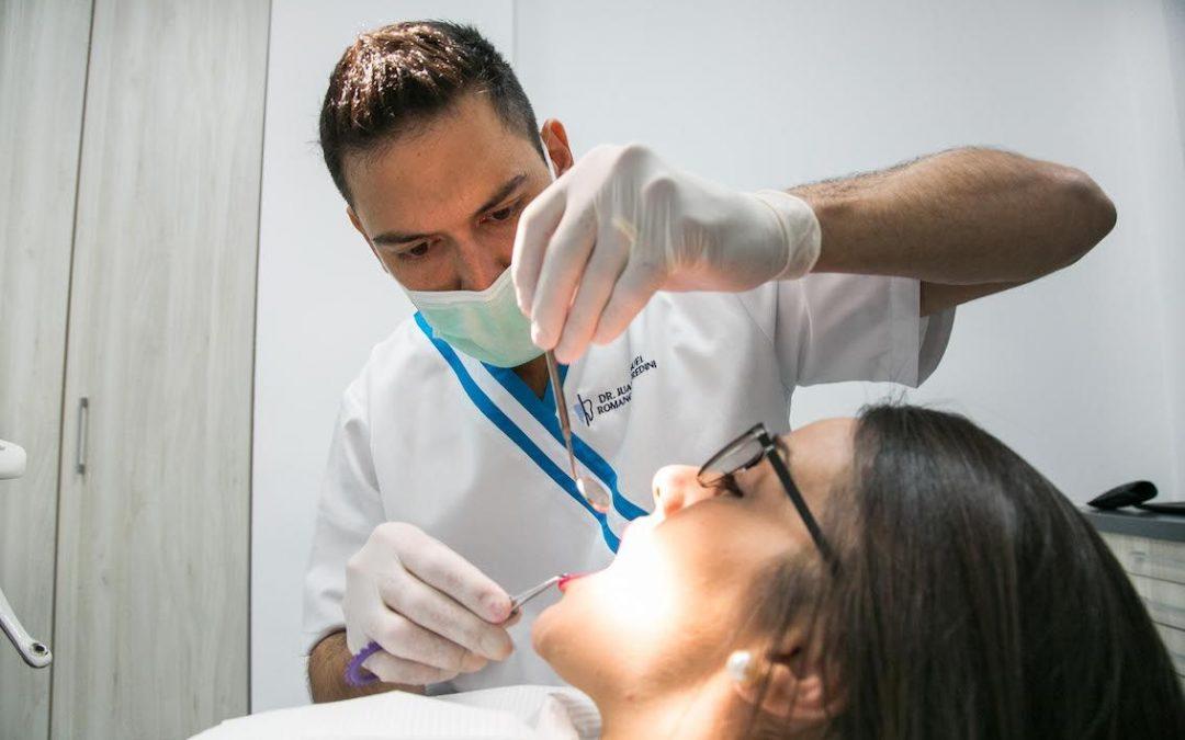 Qué es la gingivitis y cómo podemos evitarla