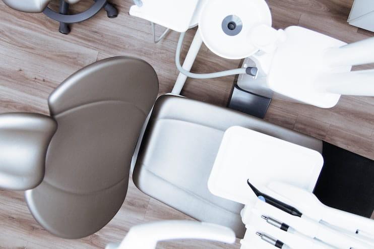 Endodoncias y empastes: ¿Cuál es la diferencia?