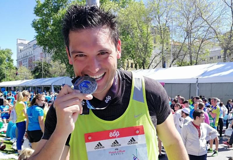 Nuestro compañero Juan Manuel Romano Manfredini corre la 42ª Media Maratón de Madrid